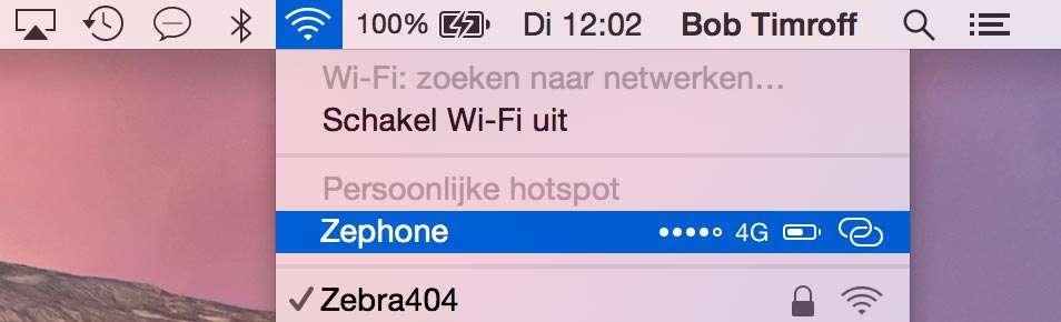 Selecteer uw iPhone in de Finder-menubalk om de Wi-Fi-verbinding te gebruiken.
